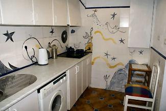 Apartamentos alcoba alojamiento vacacional en granada - Azulejos de cocina pintados ...