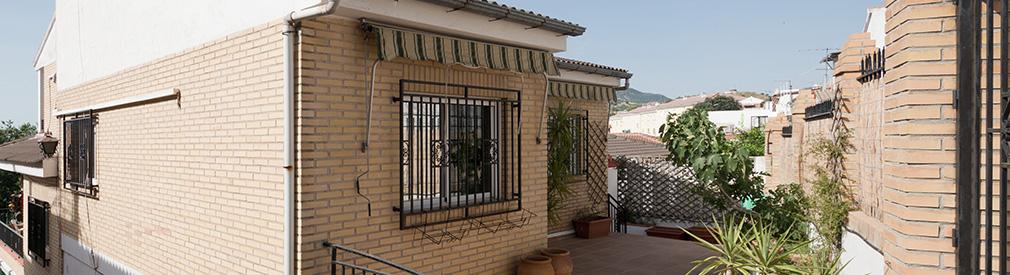 El Fargue (Granada): large family house