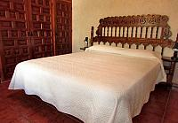 romero-1bedroom1