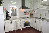 romero-kitchen1